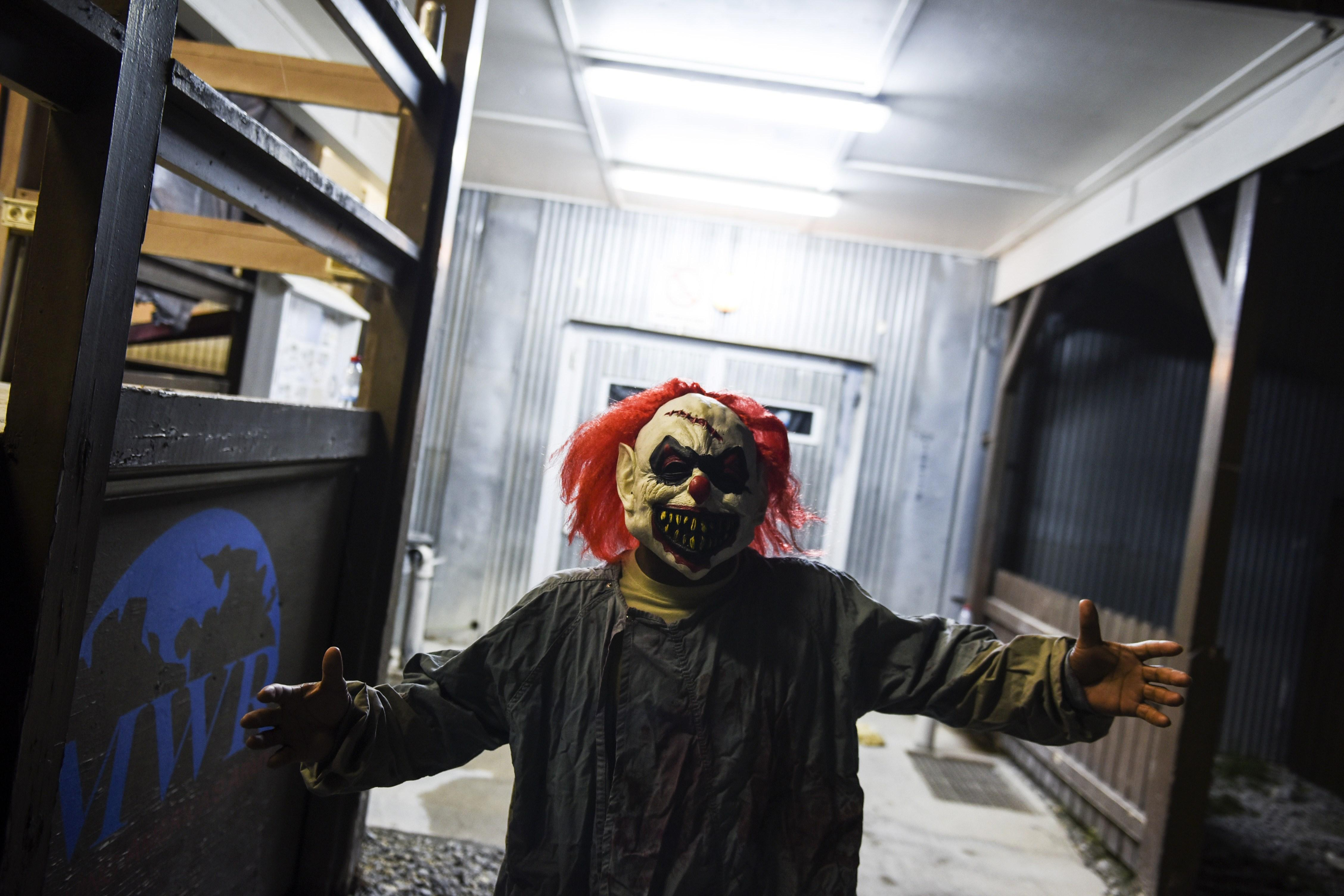 no clowning around police dig through clown sightings for threats
