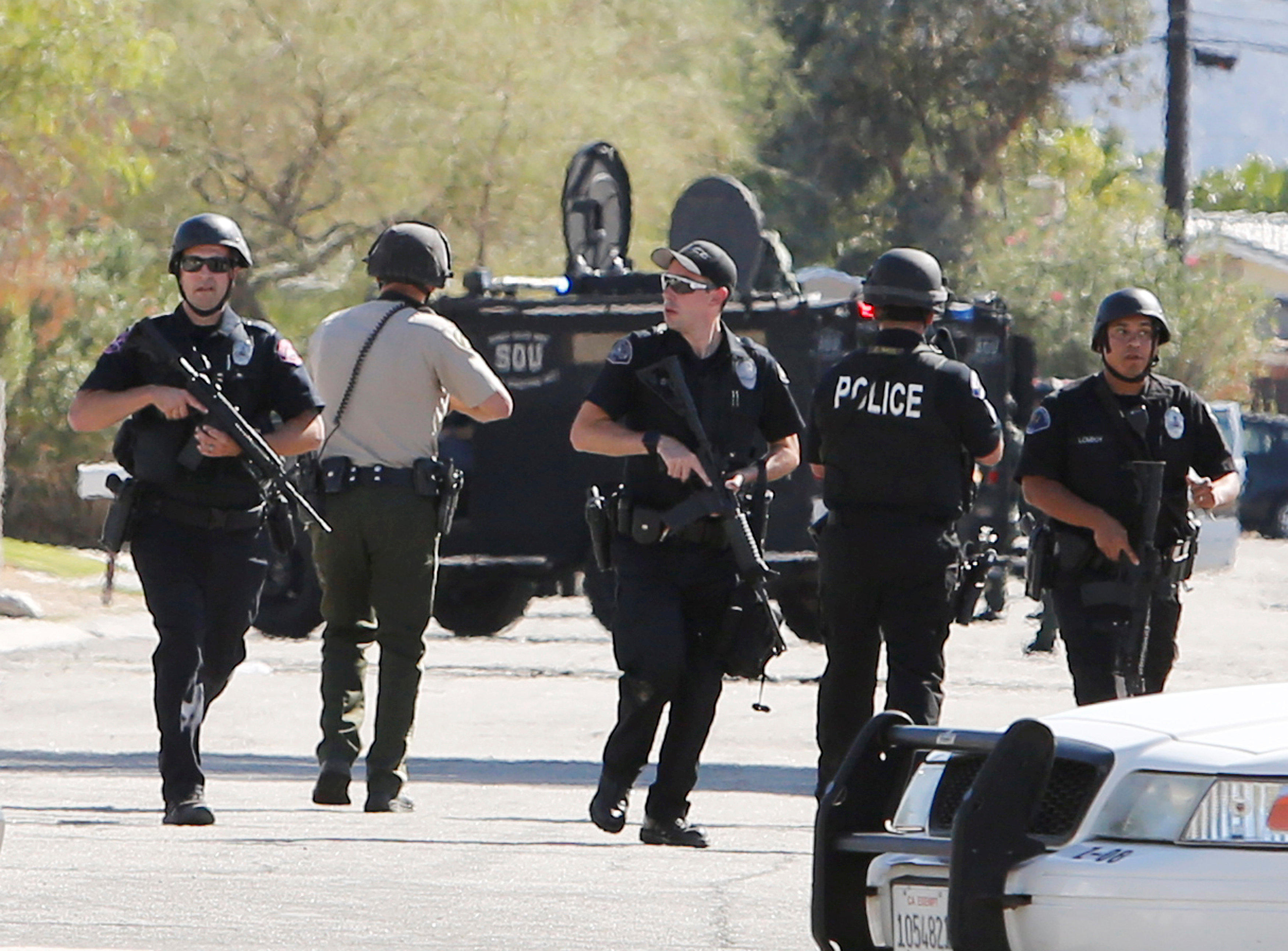 Alleged cop killer in palm springs california arrested cbs news - Police officer in california ...