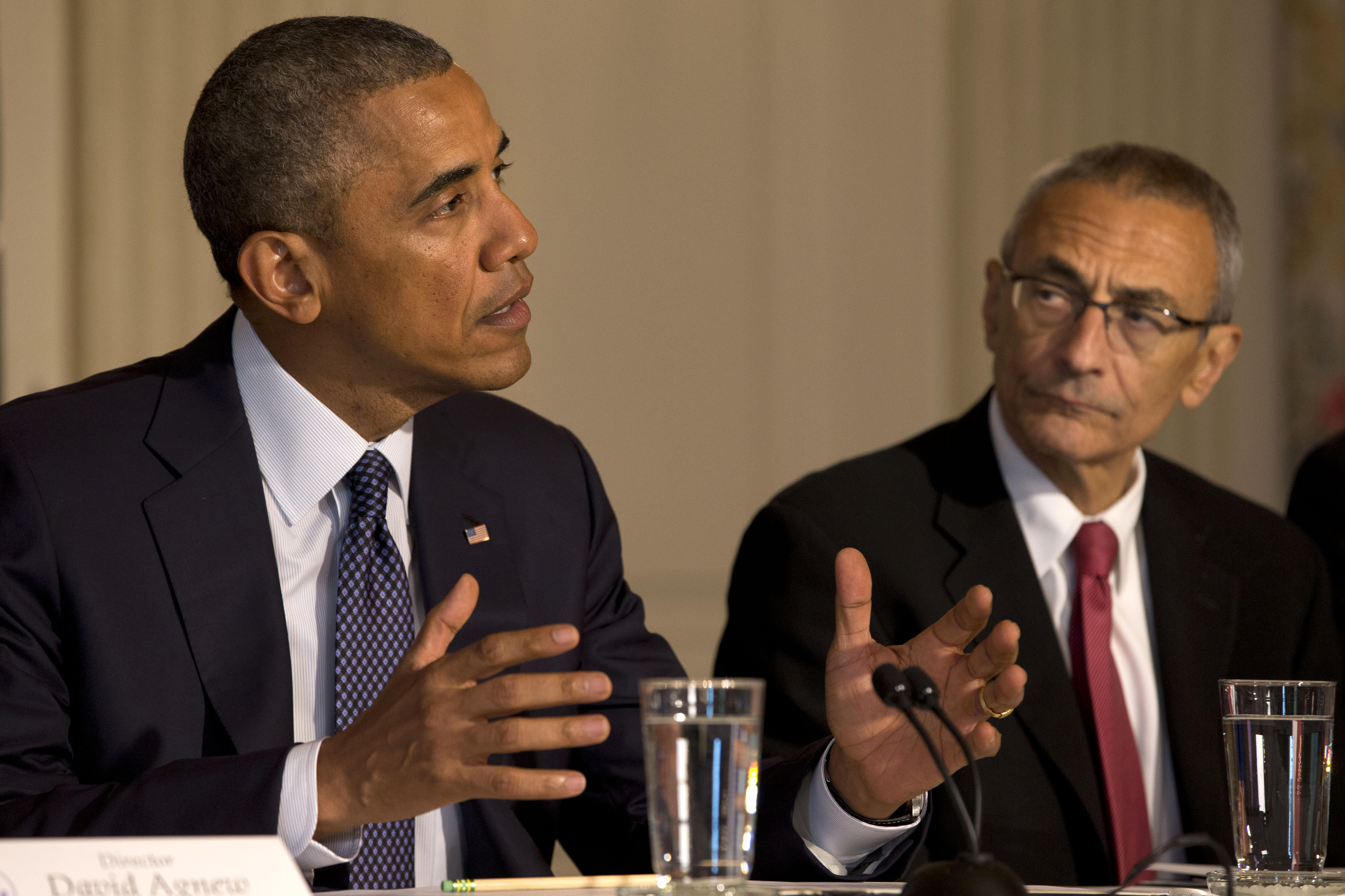 Leaked Podesta emails reveal 2008 correspondence with Obama - CBS News