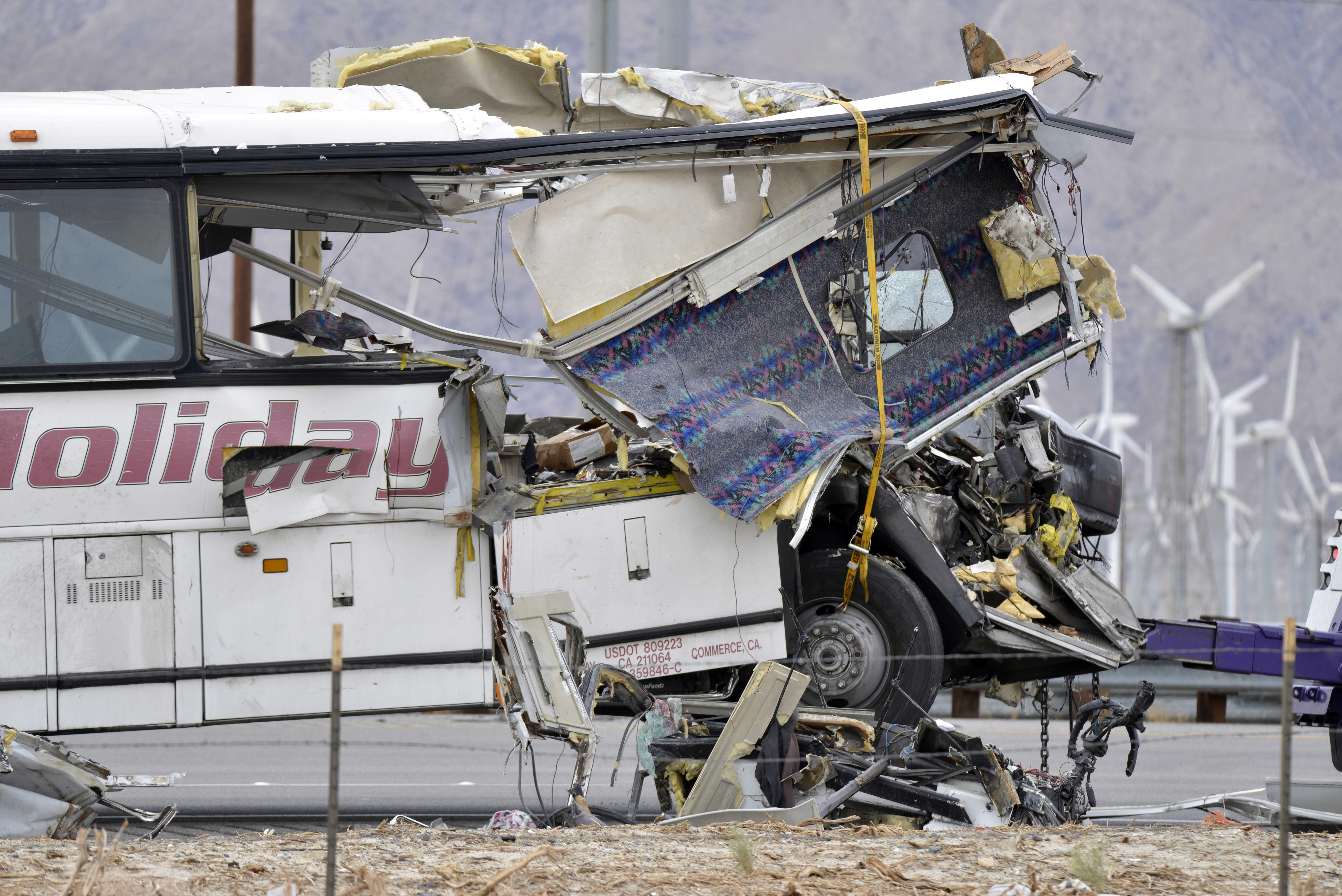 Official: Tour bus driver didn't brake in deadly Palm Springs crash