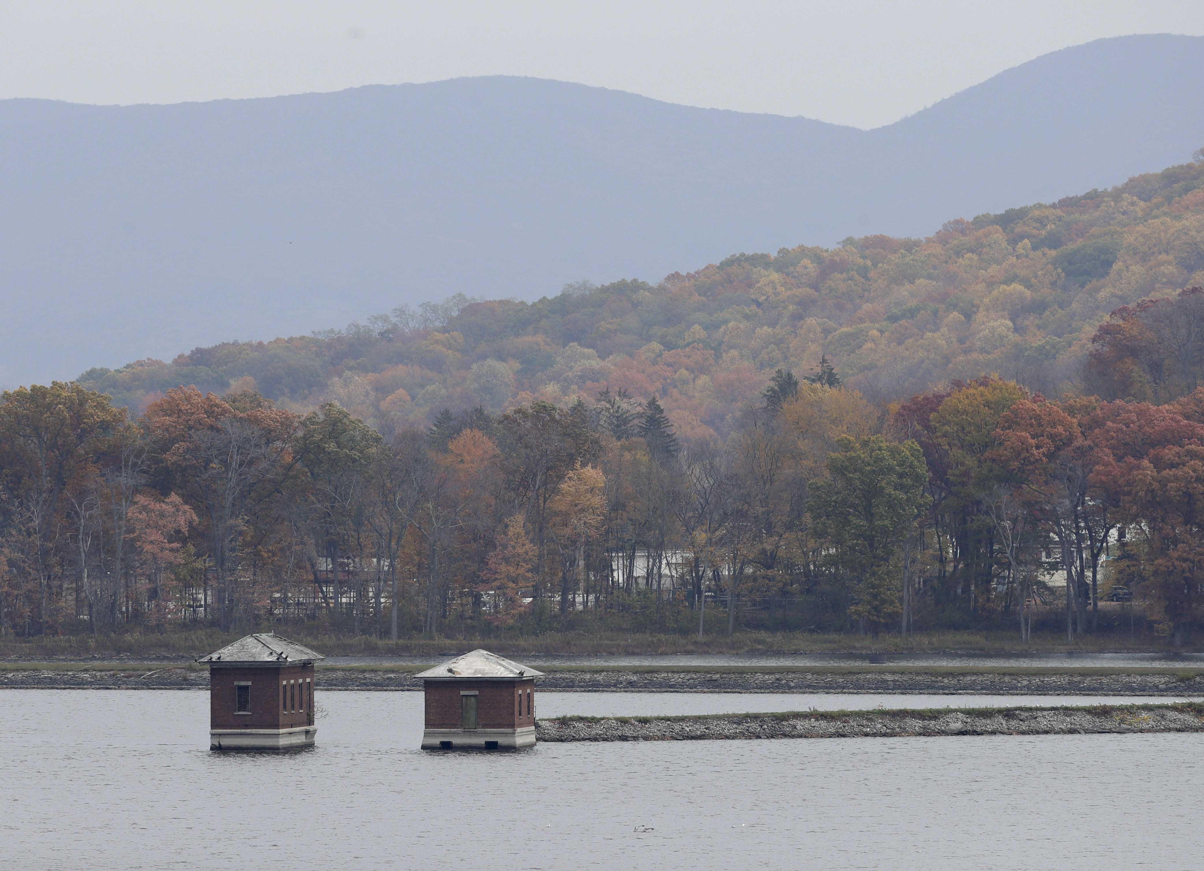 Water contamination scare hits Newburgh, New York - CBS News