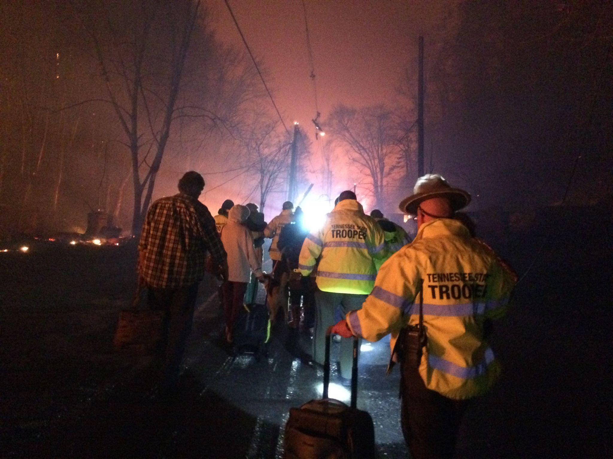 Gatlinburg fire: Pigeon Forge evacuated due to Tennessee ...