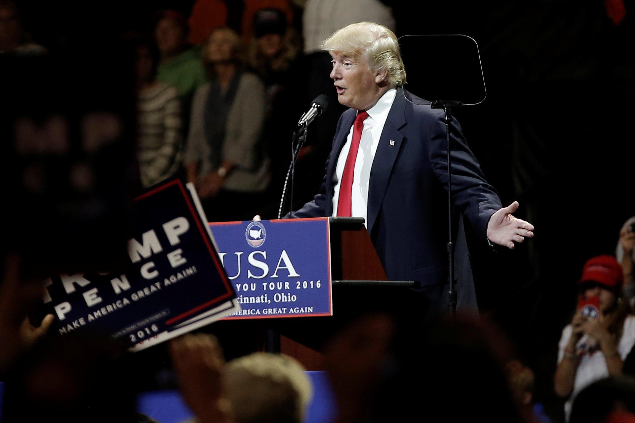 Donald Trump S Cincinnati Ohio Rally Cbs News