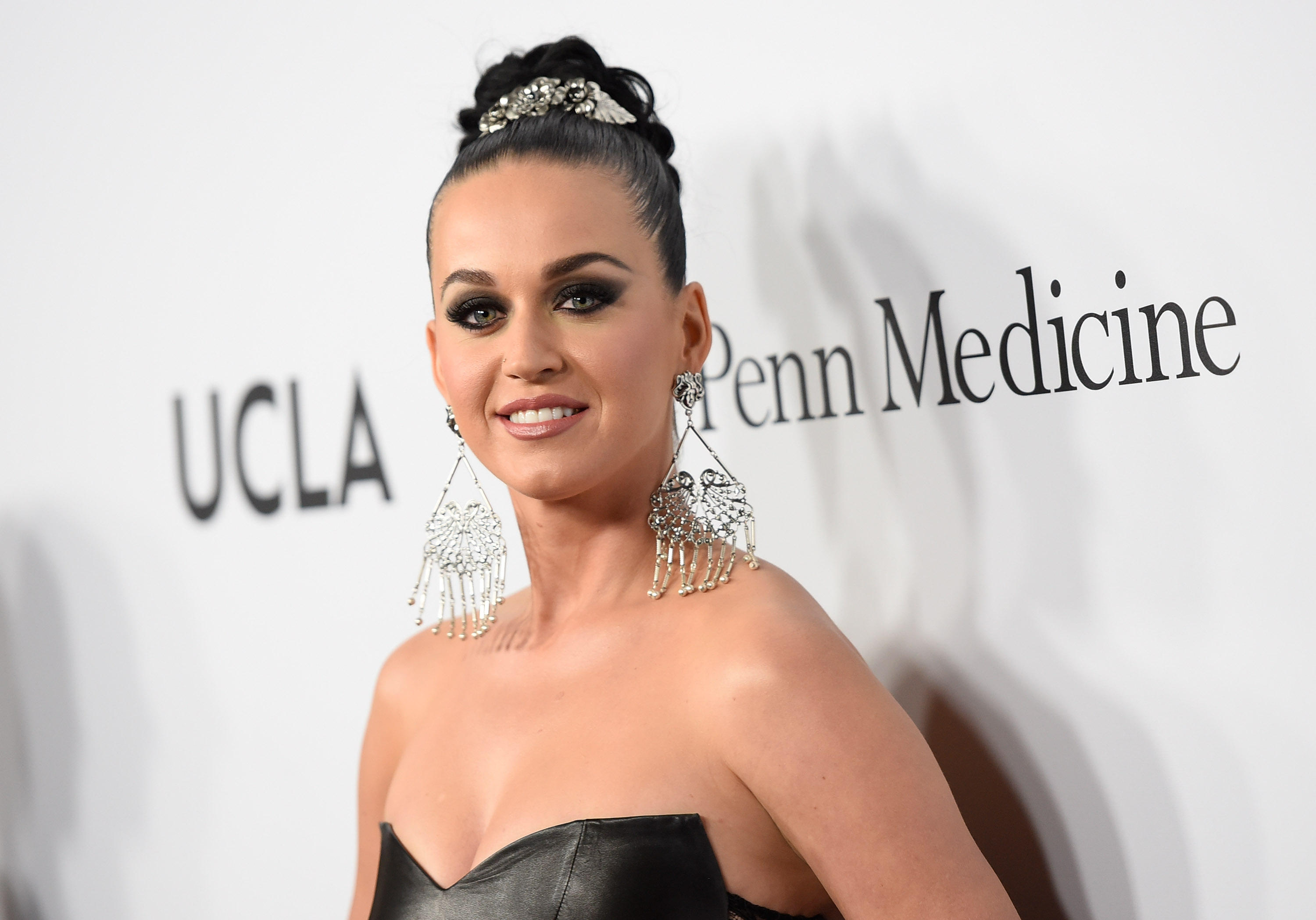 black singles in perry See katy perry's singles & albums global chart performance, including offical music videos.