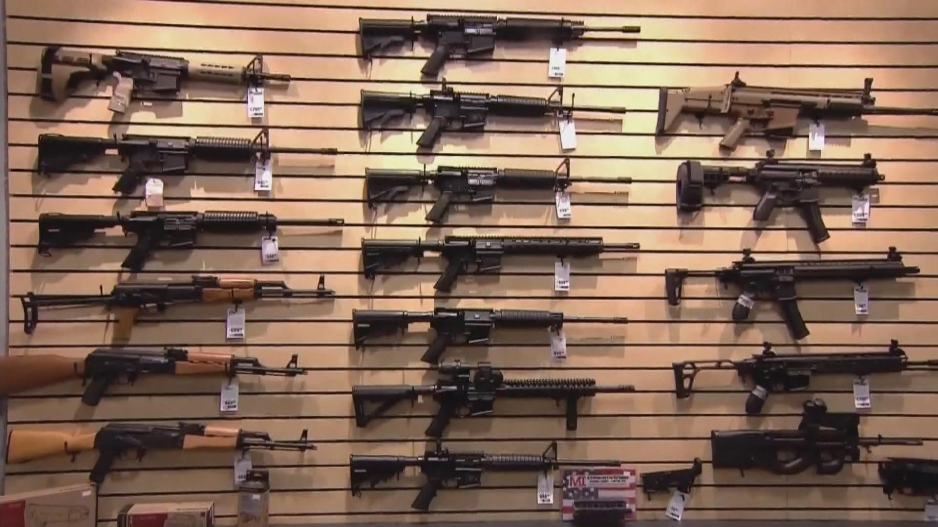a description of new gun control laws You asked for a summary of colorado ' s new gun control laws regarding background checks and large-capacity ammunition magazines summary colorado recently passed.