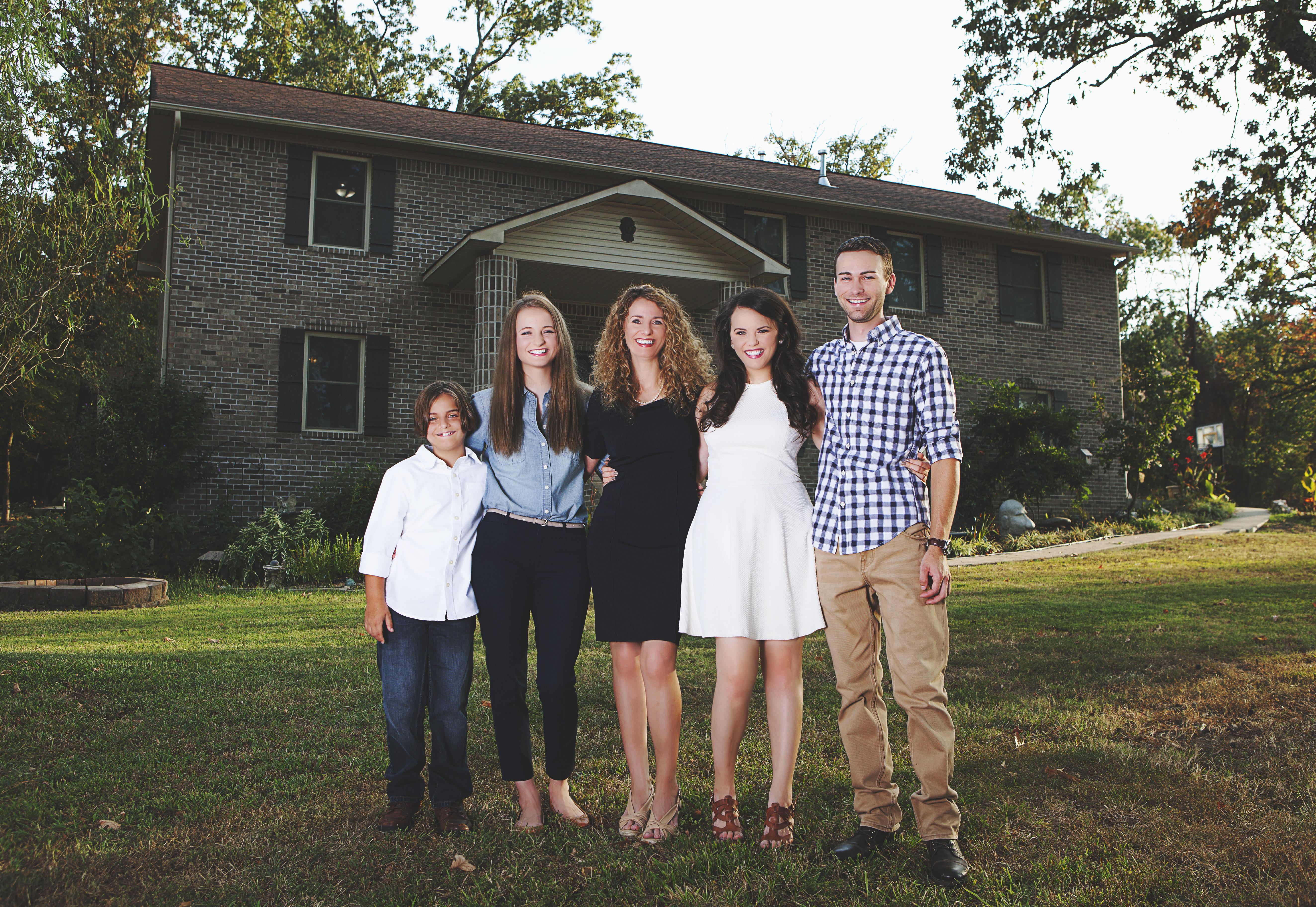 Mother of four builds home from scratch after watching