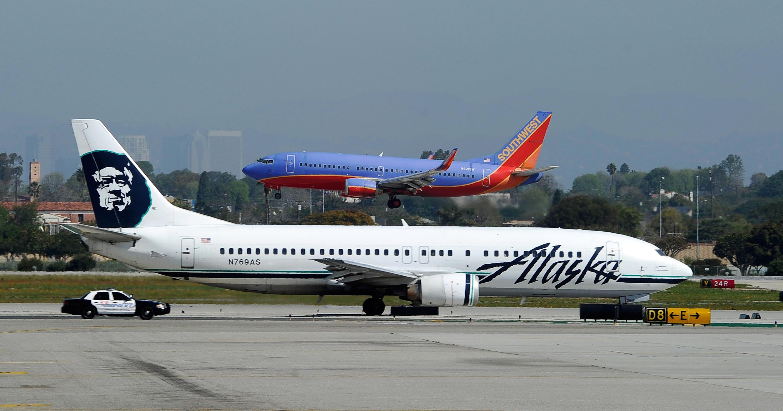 Powder Falls From Alaska Airlines Plane Vent Triggers