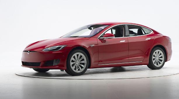 Tesla Bmw Electric Cars Miss Top Insurance Crash Test Grades Cbs News