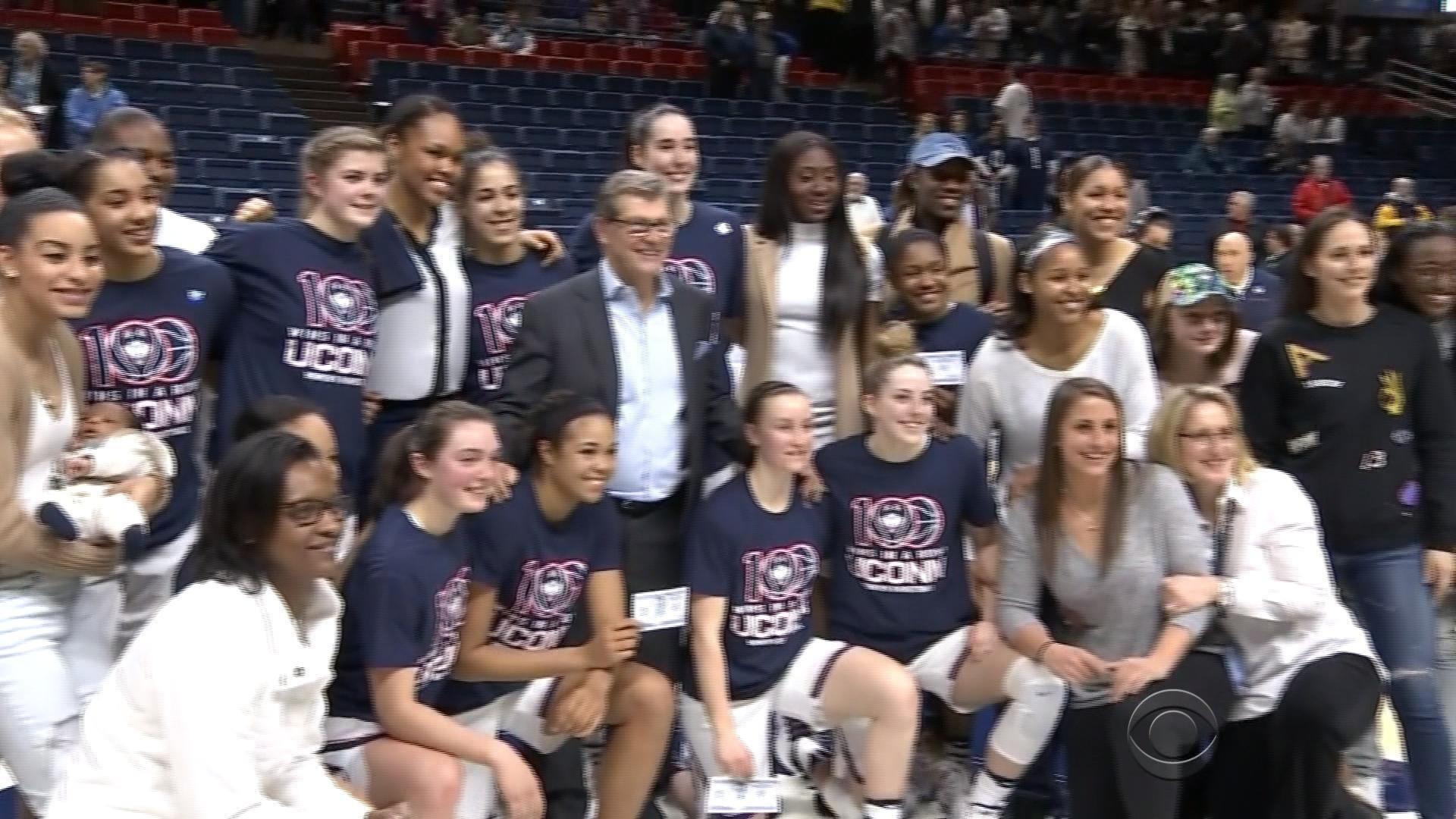 Uconn huskies women's basketball team-8658