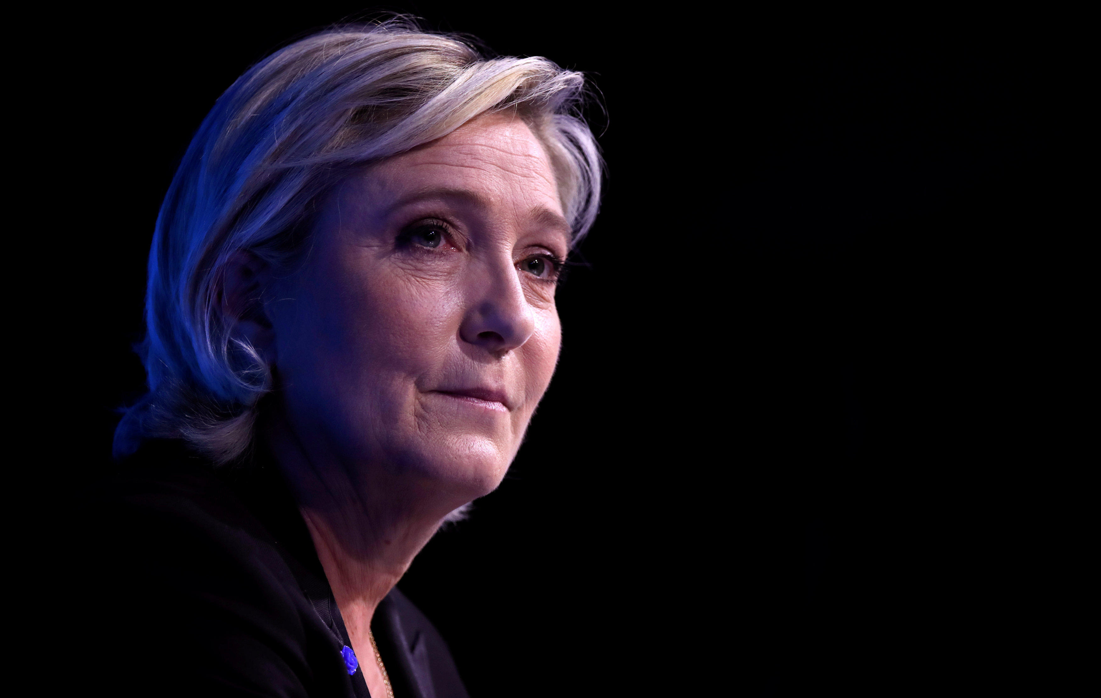 Viewers react to Marine Le Pen's vision of France - CBS News