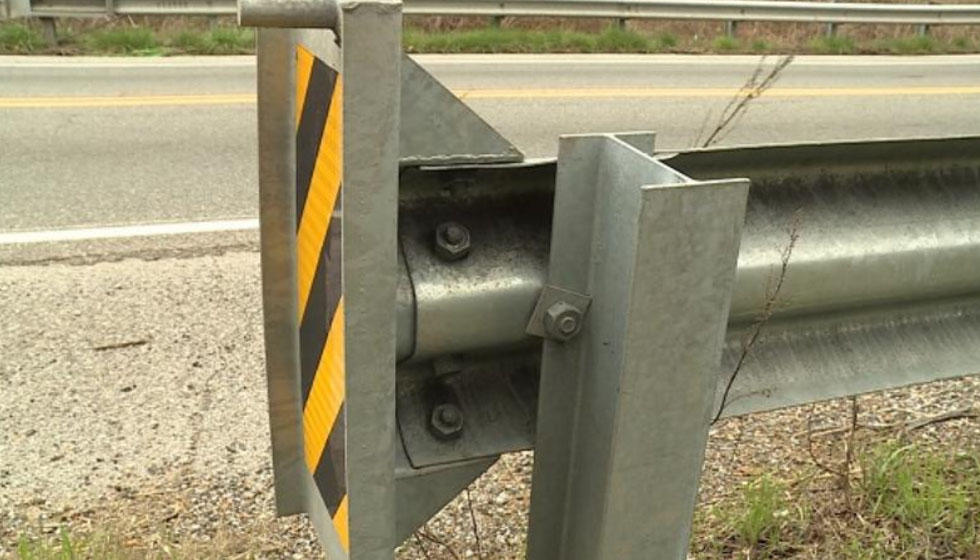 Tennessee removing highway guardrail parts linked to deadly crashes