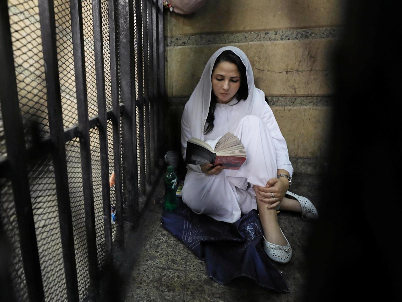 Egypt Acquits American Woman Aya Jijazi, Dual National -7339