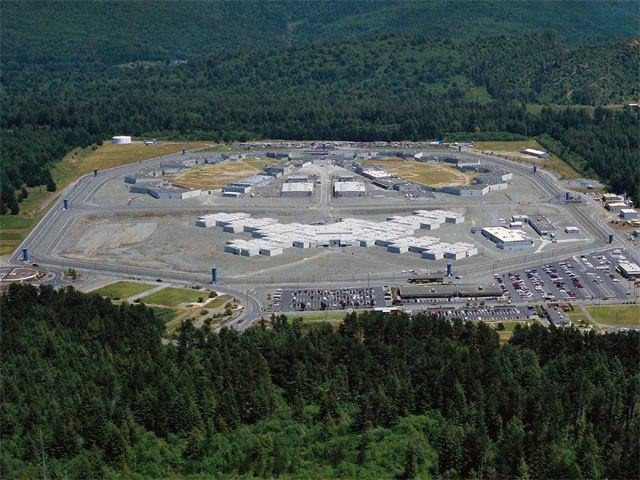 Prison brawl erupts in Calif , prompting guards to open fire