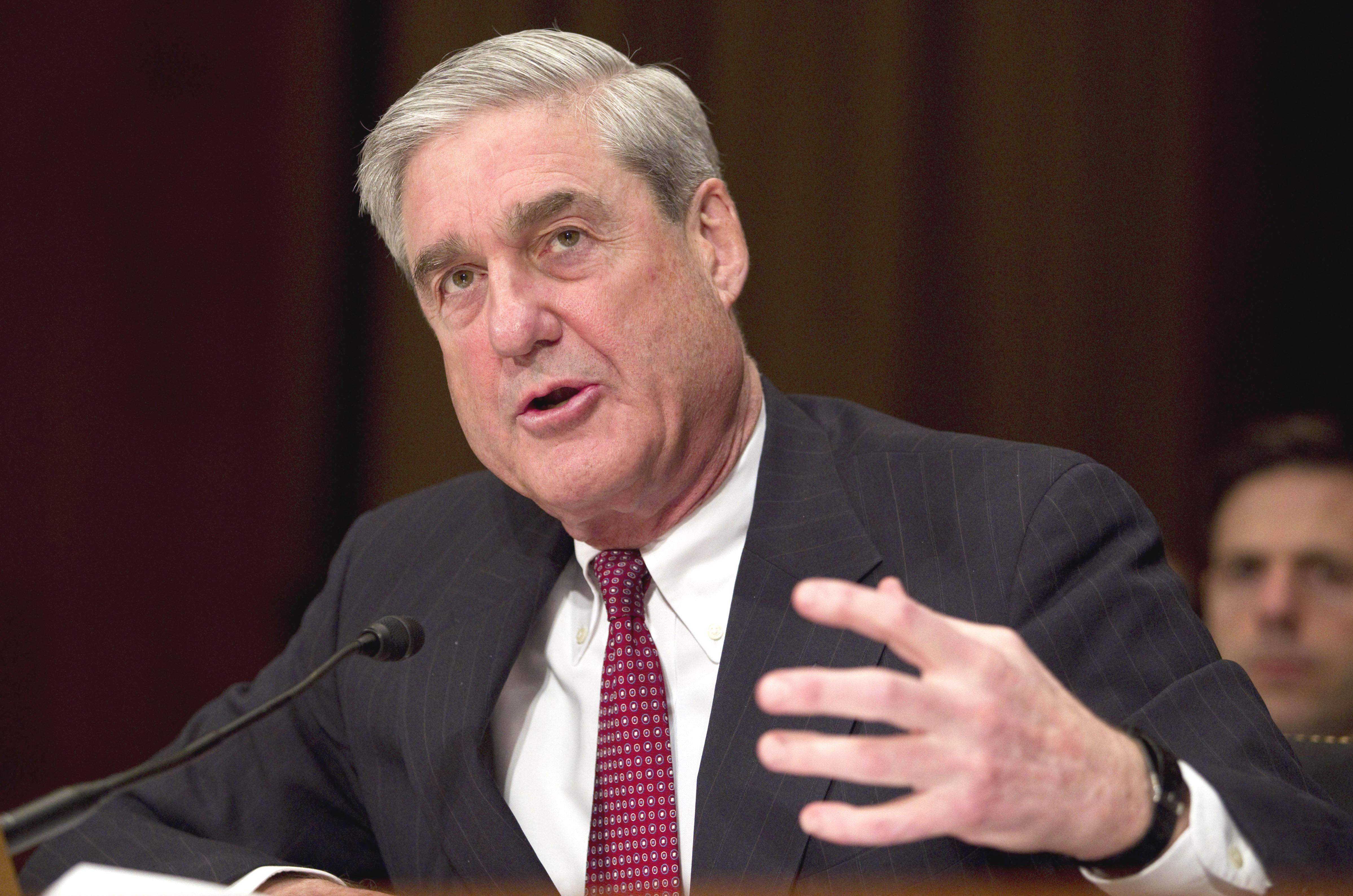Mueller probe draws in Tony Podesta, Vin Weber: AP - CBS News