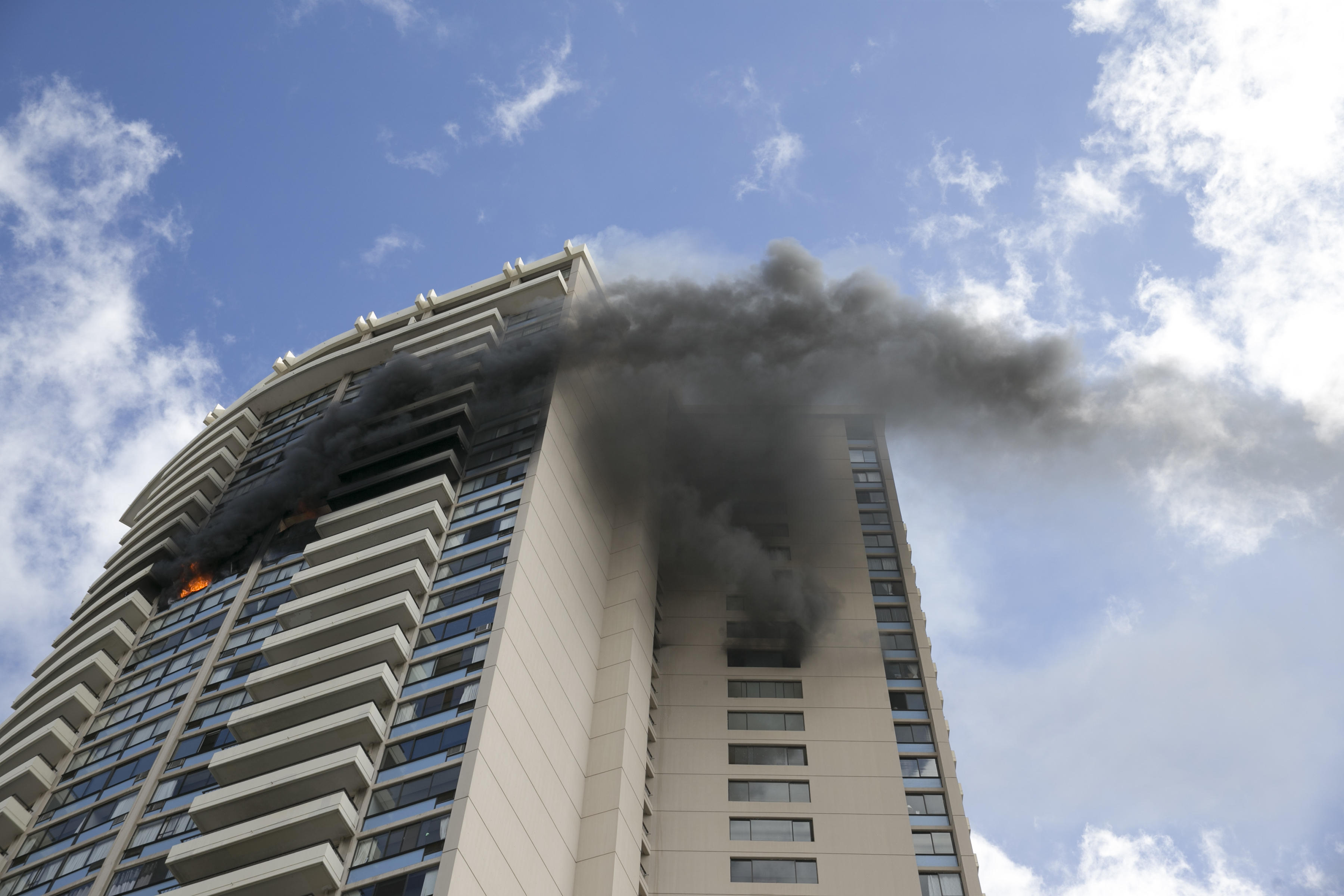 3 dead in fire in hawaii high rise apartment complex with no 3 dead in fire in hawaii high rise apartment complex with no sprinklers cbs news