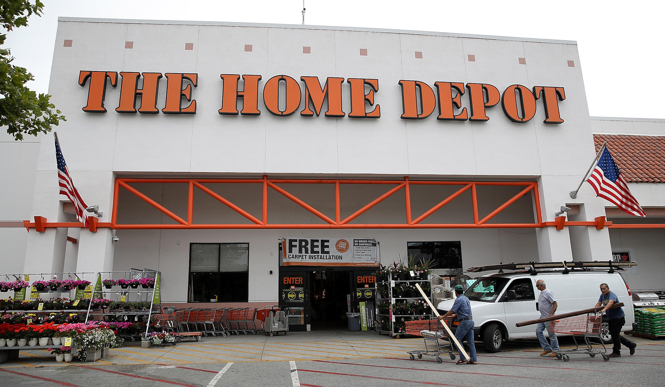 Home Depot fires 70-year-old Army veteran for confronting