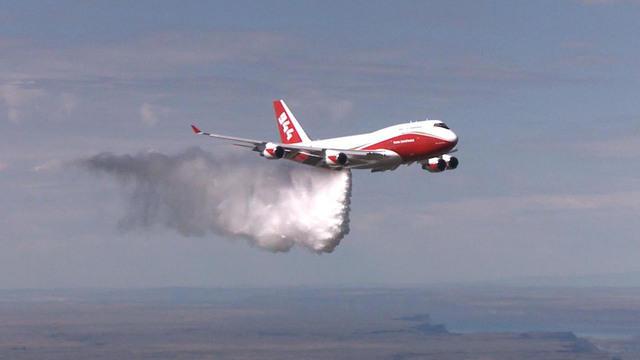 & Worldu0027s largest firefighting aircraft grounded by U.S. govu0027t - CBS News