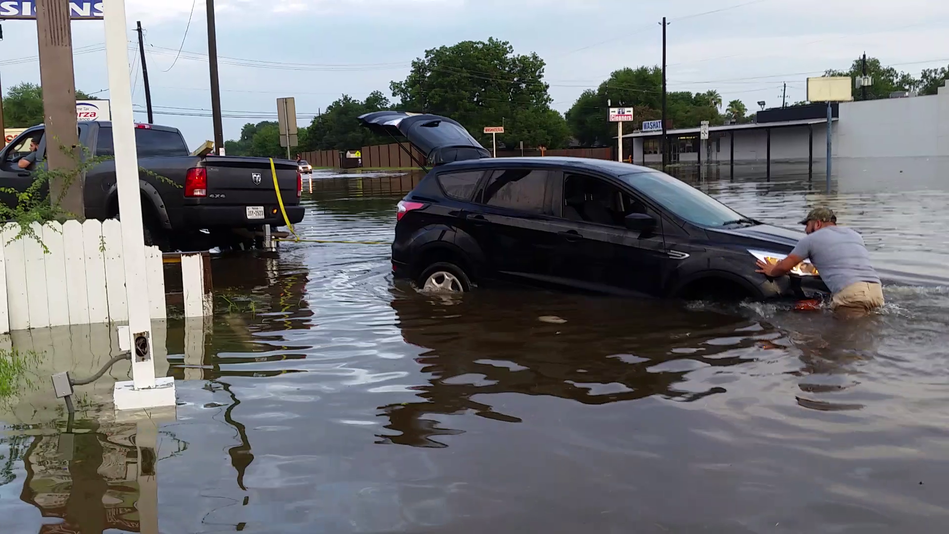 Heavy rains wallop Houston area, causing widespread ...