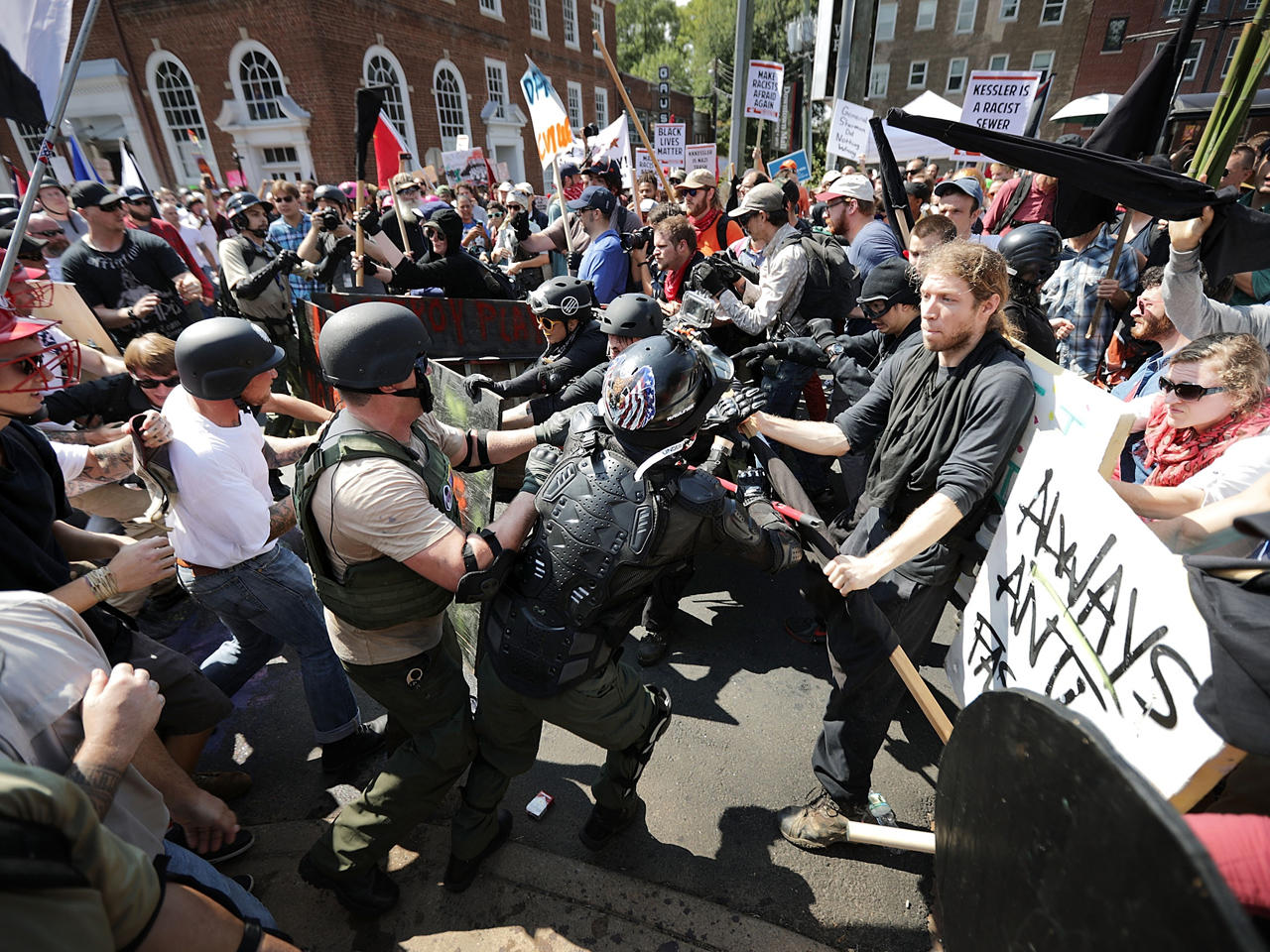 b822841cd02c1 Virginia governor declares state of emergency ahead of Charlottesville  rally anniversary