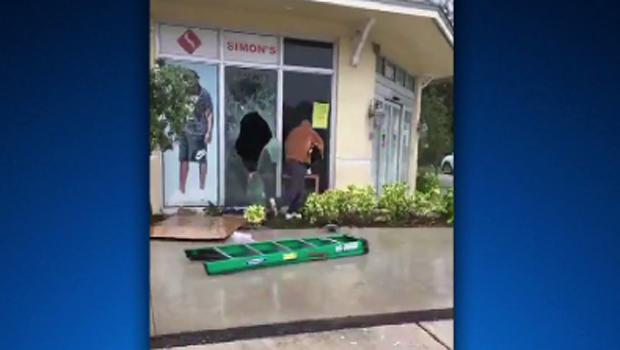... people who were caught on TV cameras looting sneakers and other goods  from a sporting goods store and a pawn shop during Hurricane Irma. Fort  Lauderdale ... b210c1185190