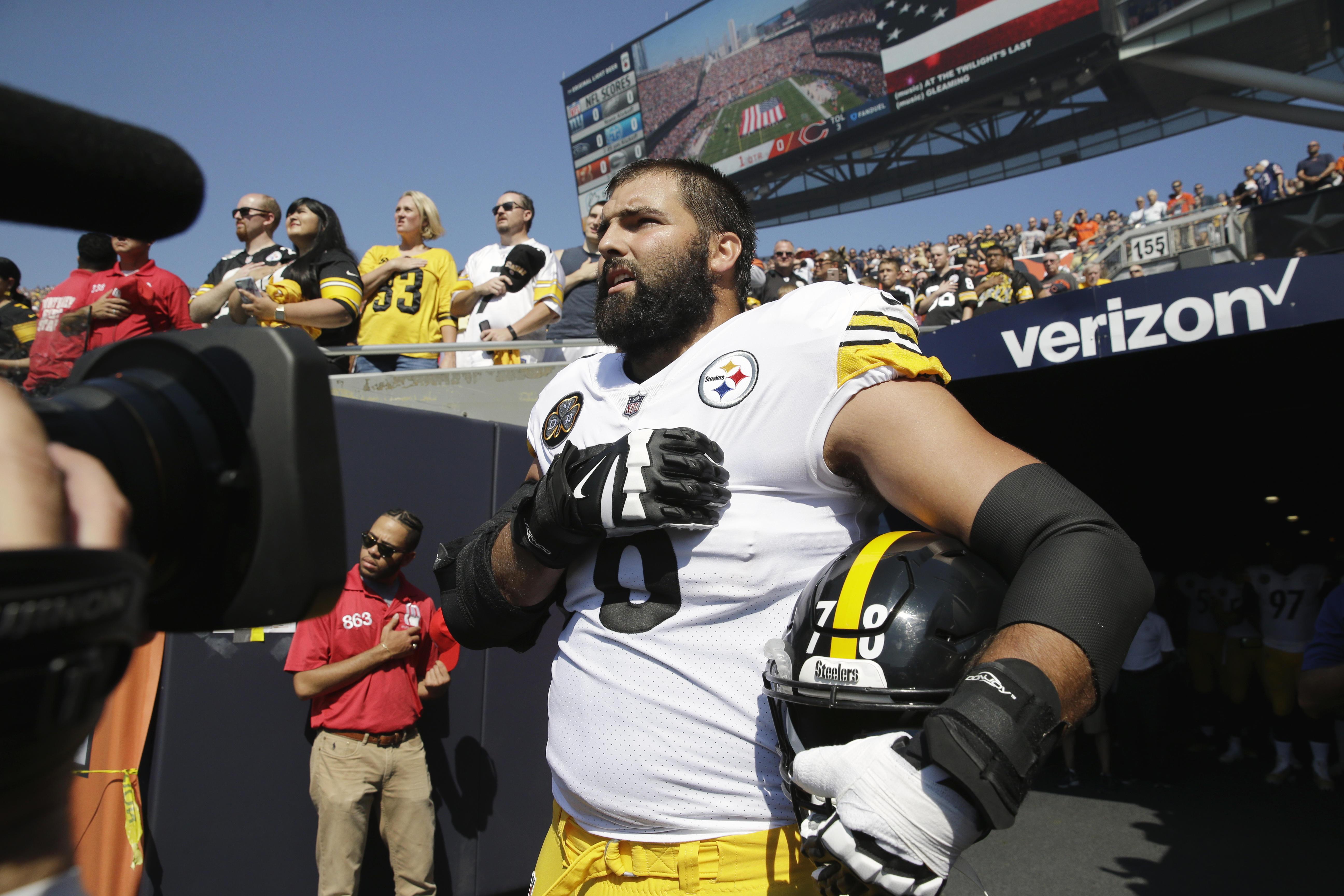 912ad4ba2 Steelers  Alejandro Villanueva doesn t join anthem protest - CBS News