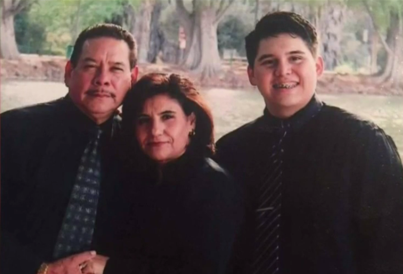 LAPD officer charged with murder in DUI crash that killed family