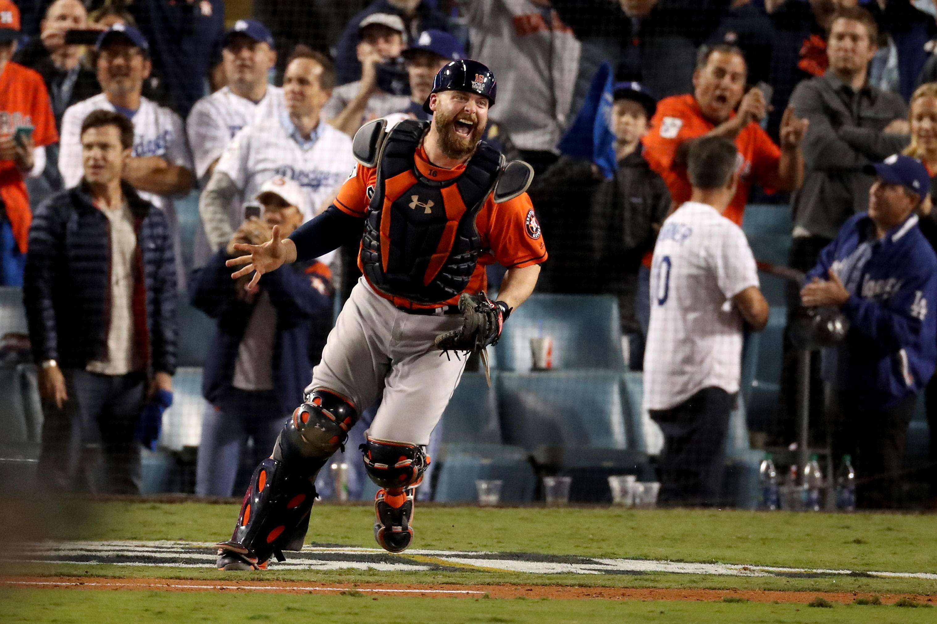 24240802d1cd2e heraldonline.com Astros defeat Dodgers 5-1 for first-ever World Series title