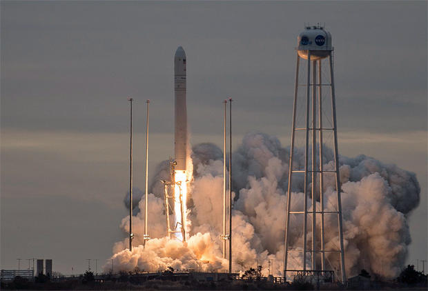 259e7f98da25 Antares rocket boosts cargo ship to orbit - CBS News
