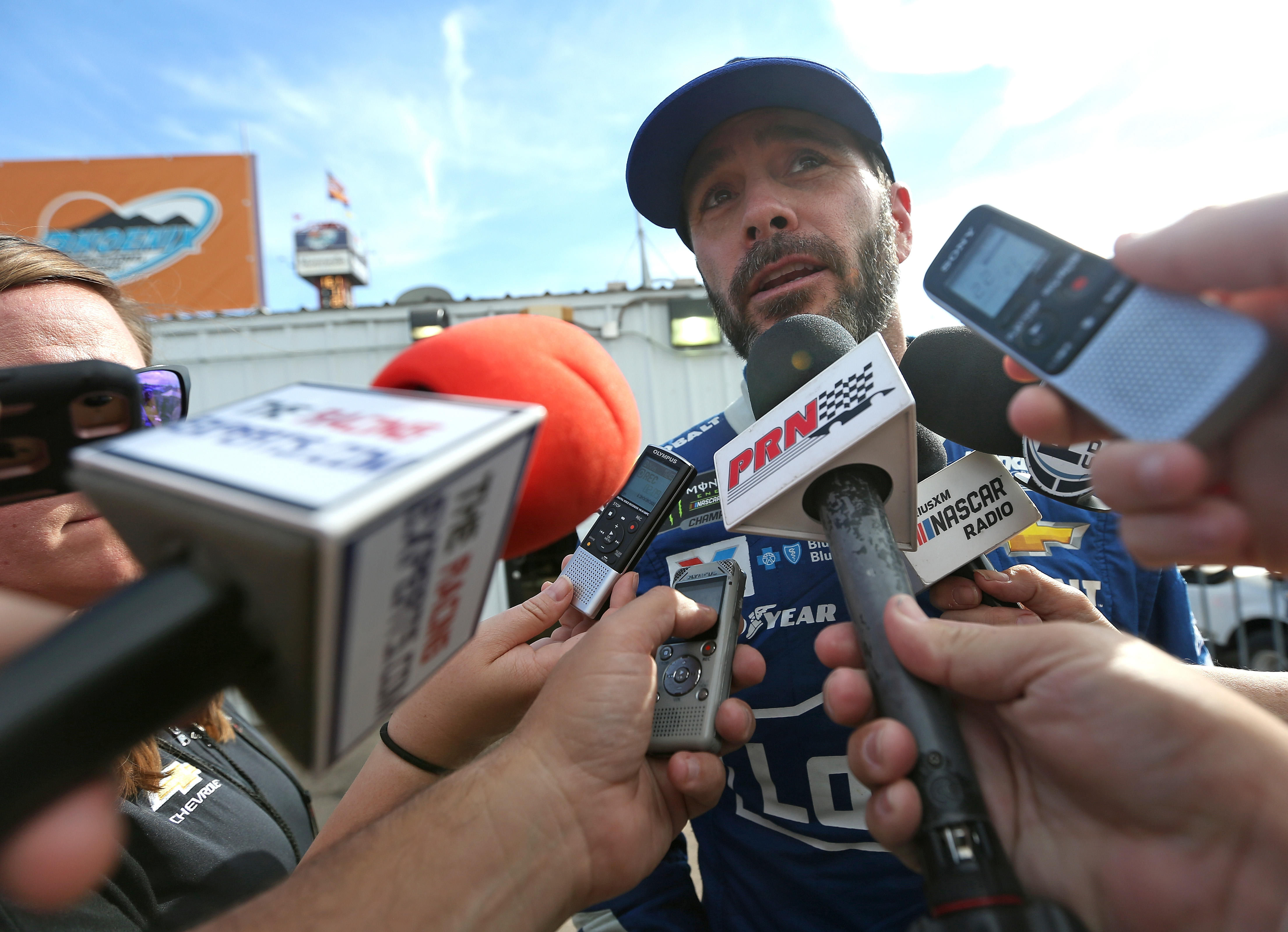 Jimmie Johnson's title chase ends with wreck