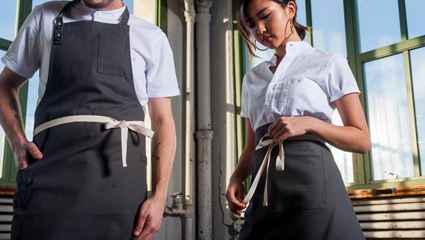 Dinner Wear Restaurants Serve Up Uniforms With Style Cbs News