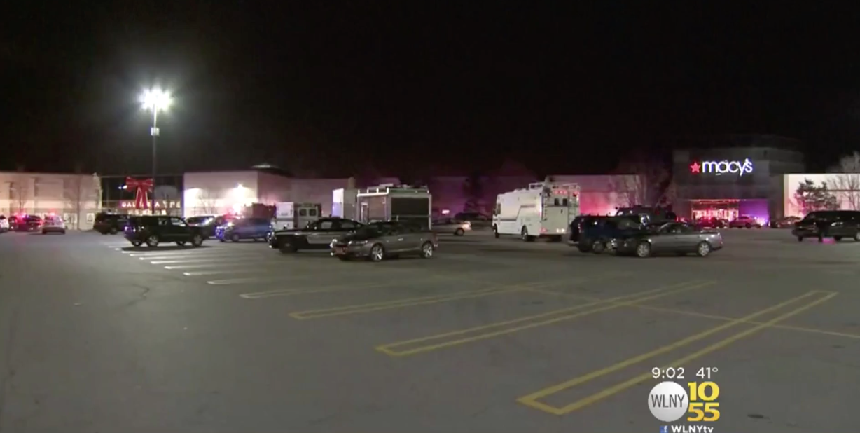 Gunfire at Galleria mall in Middletown, New York, leaves 2