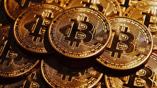 Bitcoin tops $15,000, gaining $3,000 in 36 hours
