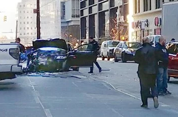 Car crash injures at least 6 near World Trade Center in lower Manhattan