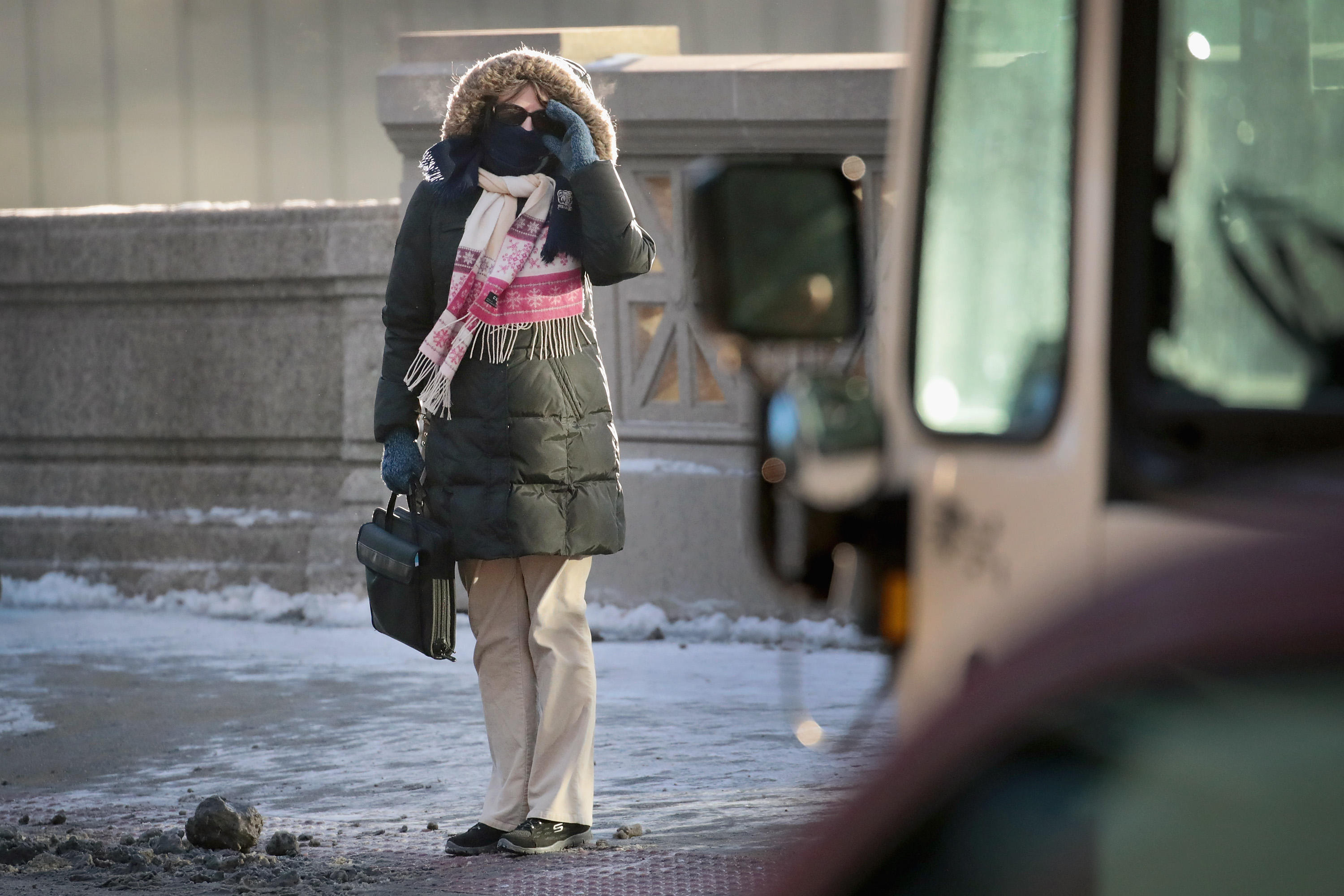 0c825c7d1e5b0 Cold weather deaths up as bomb cyclone, Chicago winter weather ...