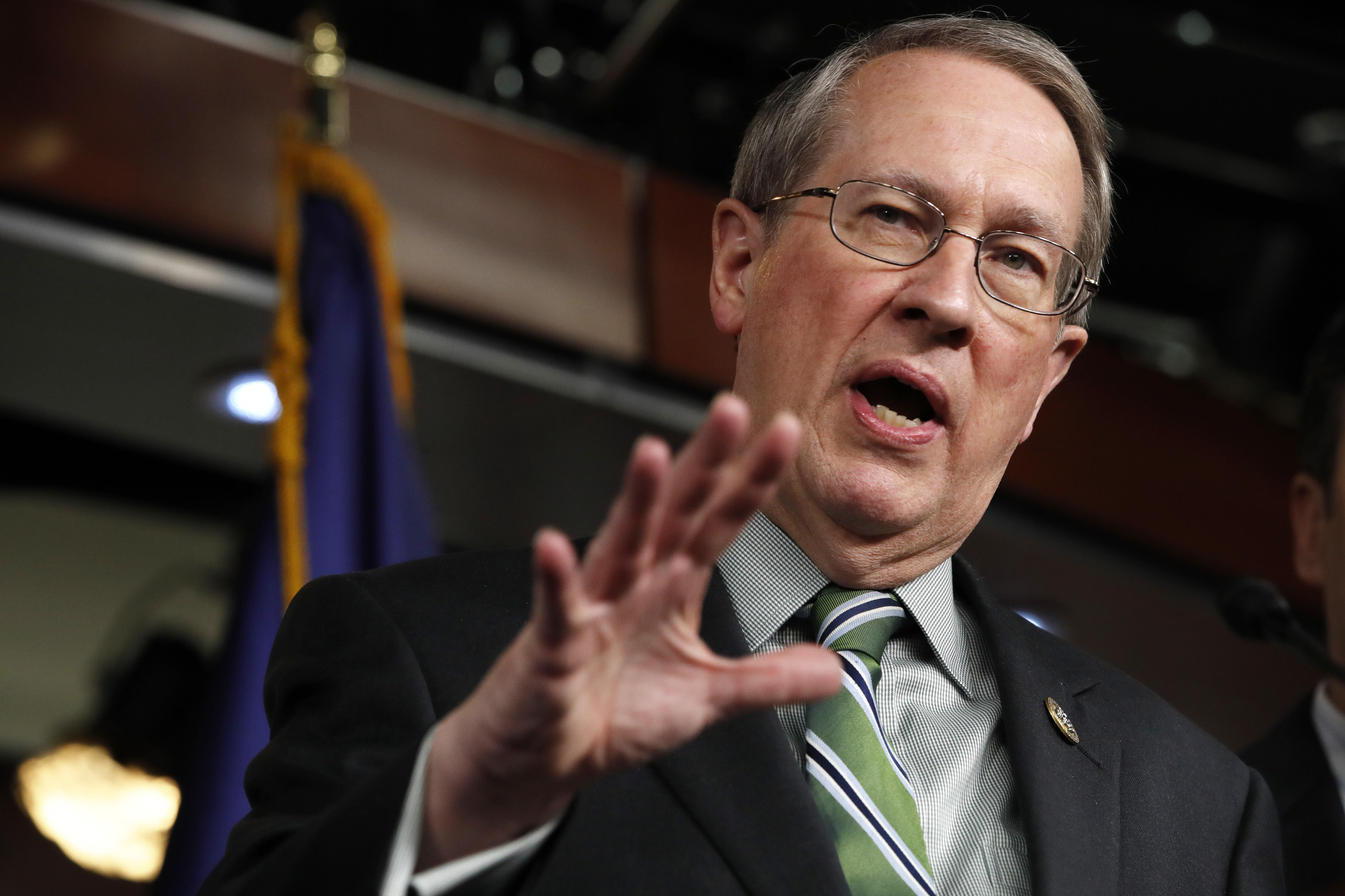 House GOP members unveil sweeping immigration reform bill