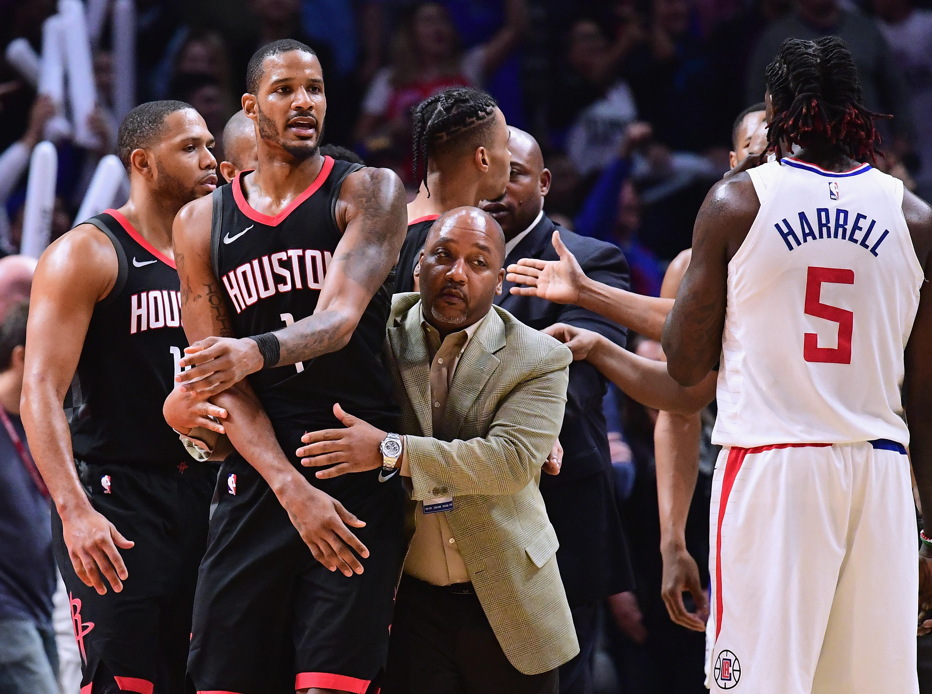 b858f93b0008 NBA opens investigation into Rockets-Clippers locker room incident ...