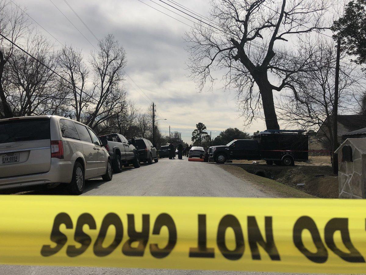Man killed by FBI agent in Houston raid was kidnap victim being held