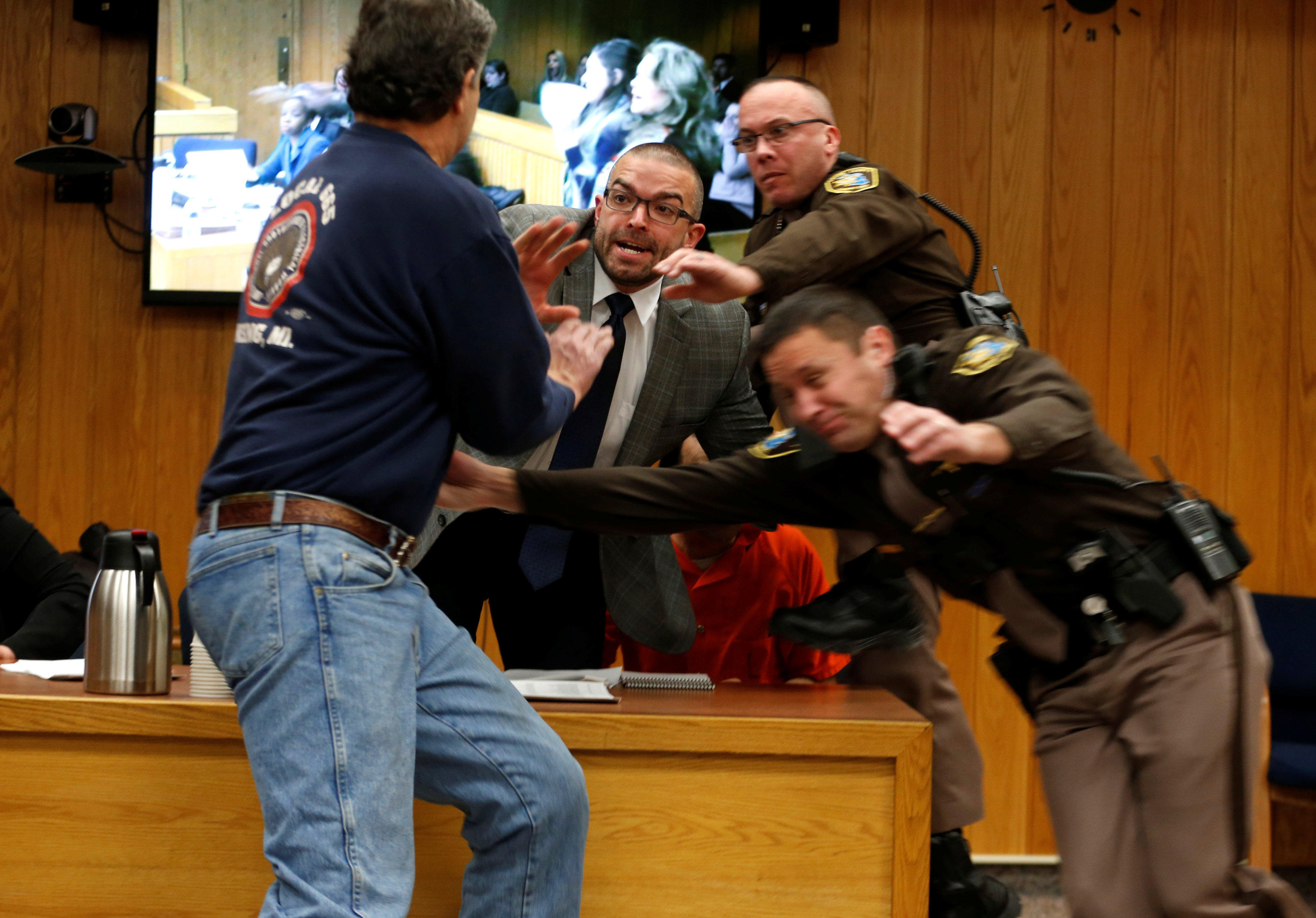 Larry Nassar Victims Dad Tries To Attack Disgraced Doctor In Court