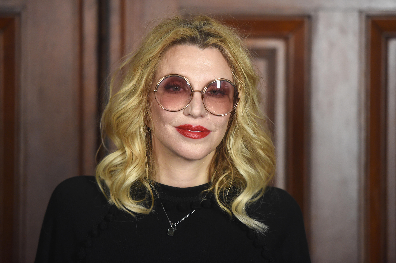 Courtney Love And Kurt Cobain Wedding.Courtney Love Wishes Kurt Cobain Happy Birthday Cbs News