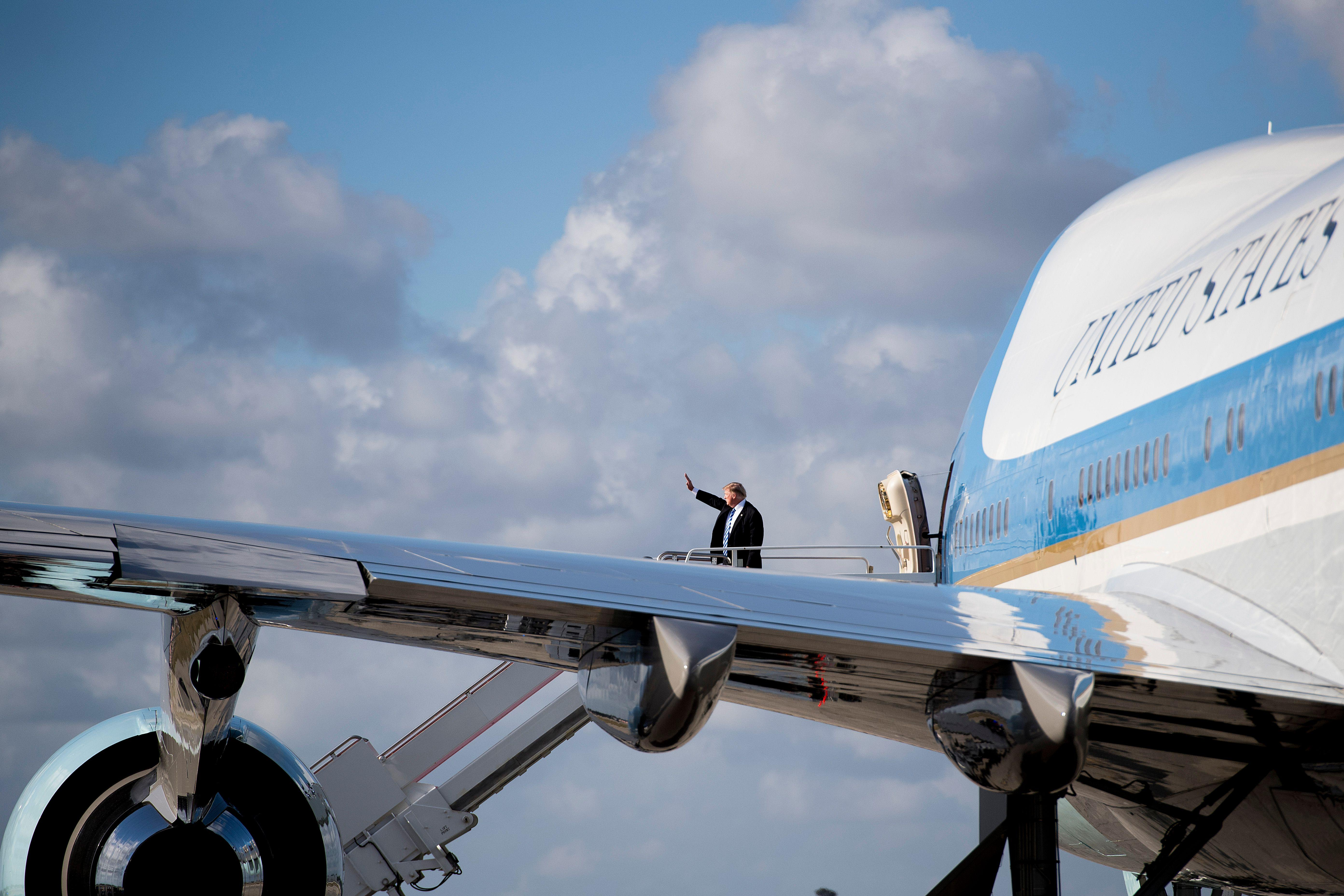 donald trump air force one commercial