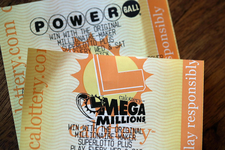 Odds of winning $1 billion Mega Millions and Powerball: 1 in 88