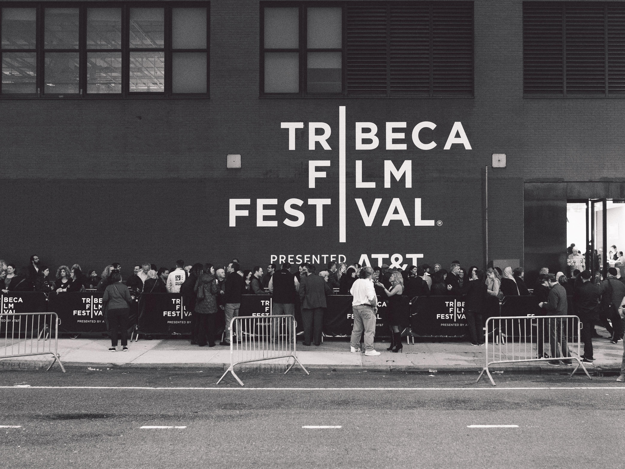 2018 Tribeca Film Festival bows in NYC - CBS News