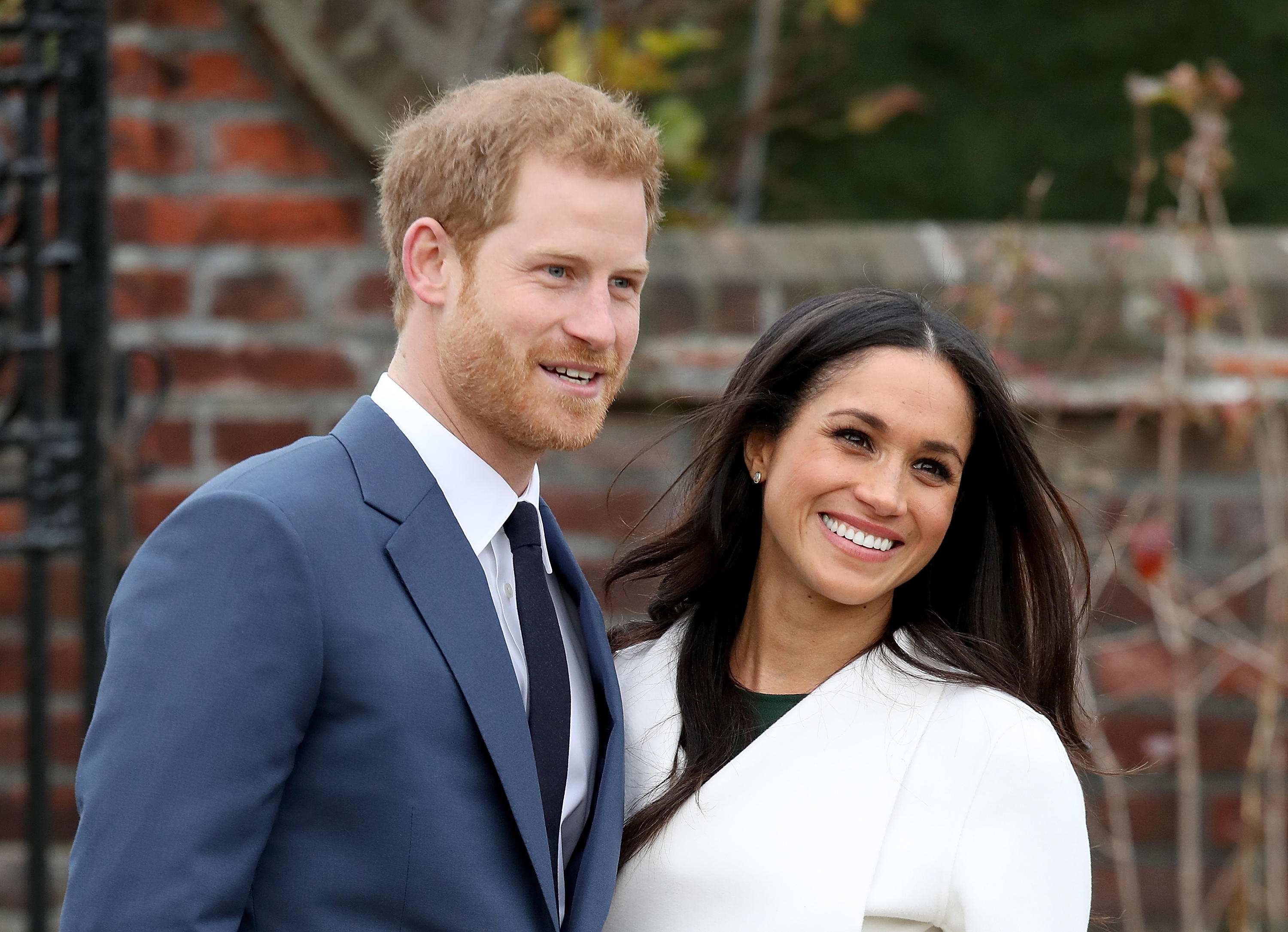 c7435cbe Royal rules: The dress, the bouquet and the royal wedding traditions Meghan  Markle has to follow