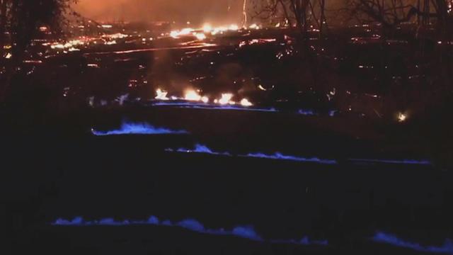 hawaii s kilauea volcano blue flames from methane gas trigger fears