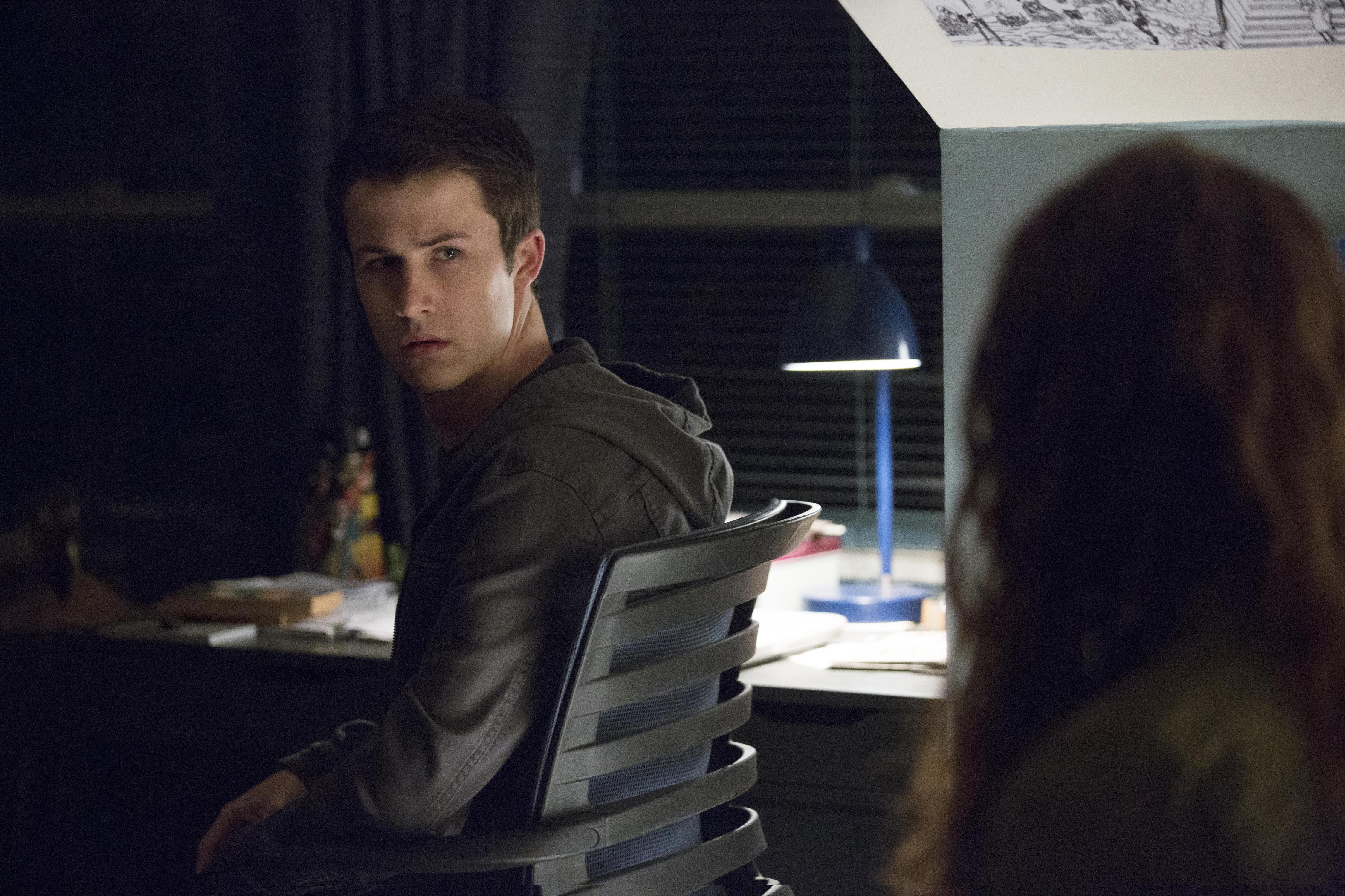 Netflixs 13 Reasons Why Renewed For Season 3 Cbs News