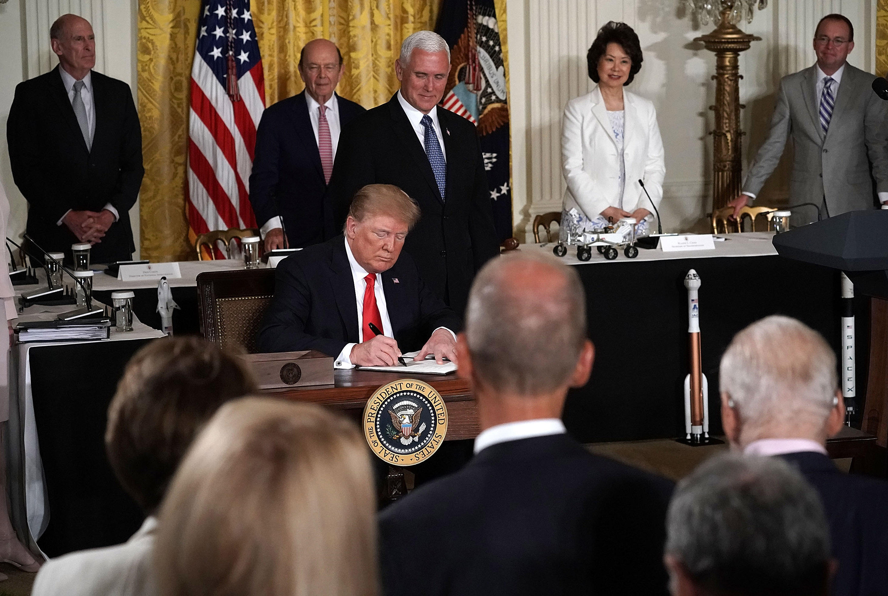 Space Force: Trump directs Pentagon to create Space Force ...