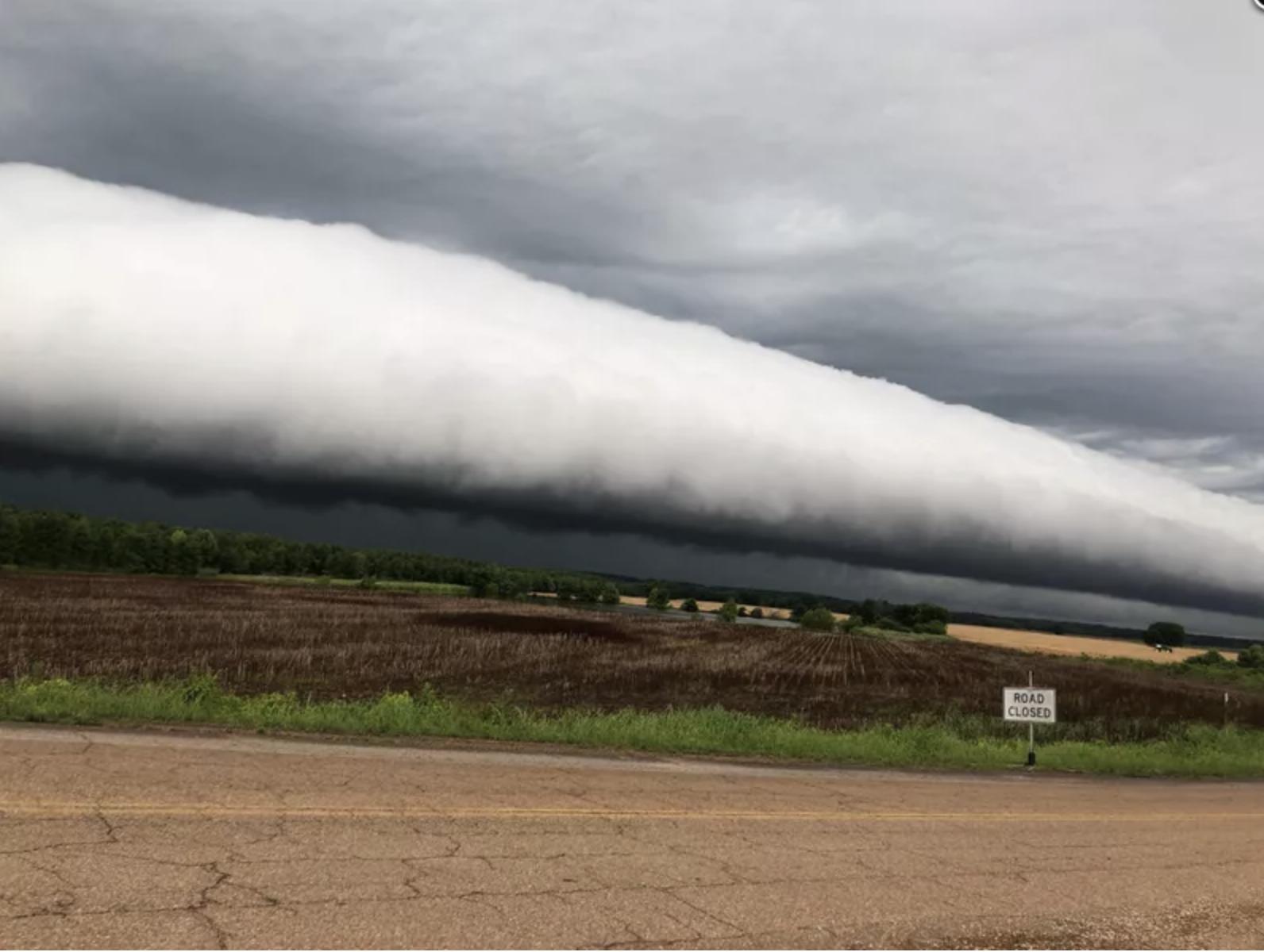 Ominous UFO-like cloud identified as rare