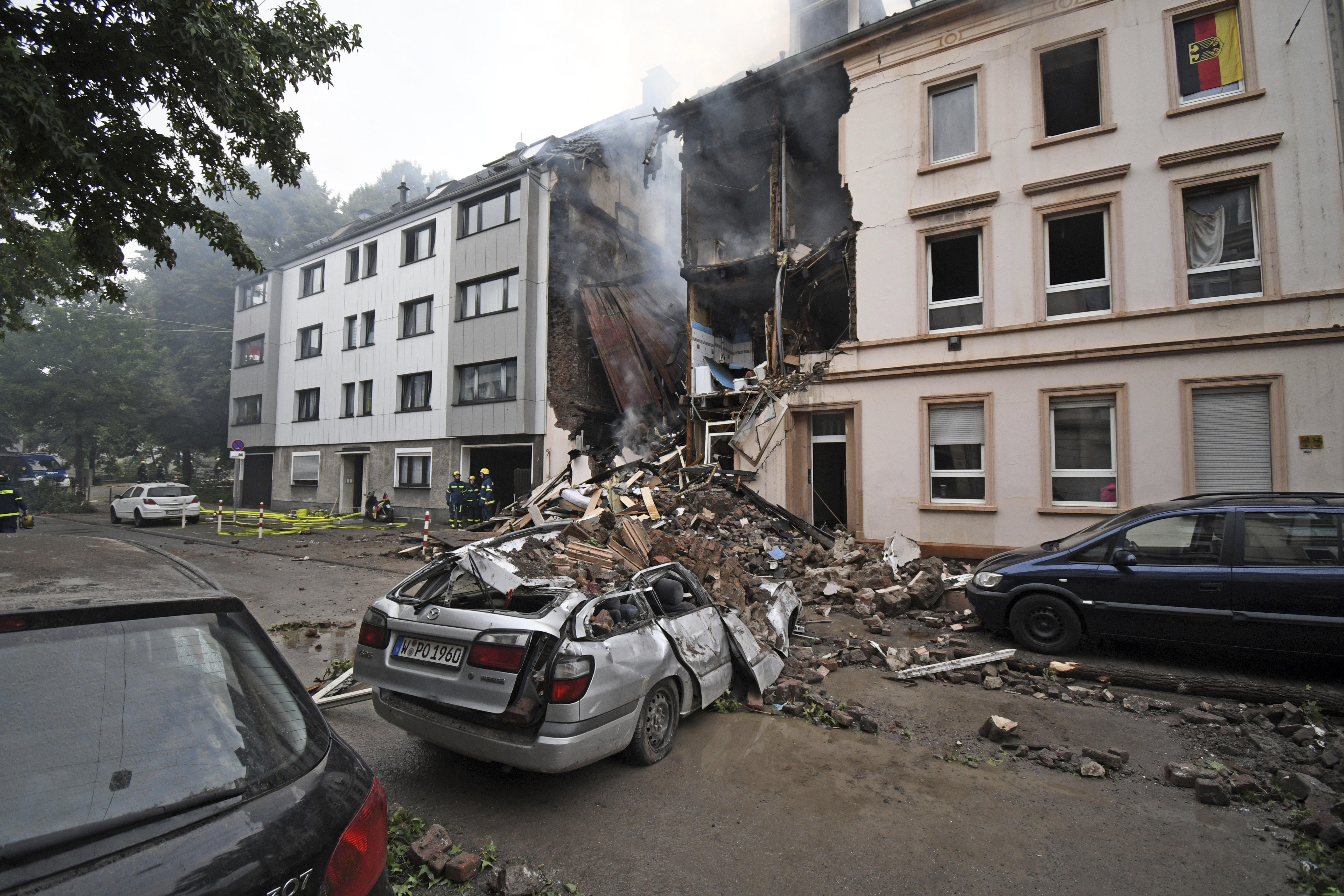 Germany building explosion: Blast in Wuppertal injures 25 ... on rome germany map, bad lippspringe germany map, plochingen germany map, trier germany map, lubbecke germany map, hellenthal germany map, kochel germany map, havixbeck germany map, lengerich germany map, goerlitz germany map, lampertheim germany map, mayence germany map, blankenheim germany map, barmen germany map, erkelenz germany map, donaueschingen germany map, landsberg am lech germany map, ochtrup germany map, colditz germany map,