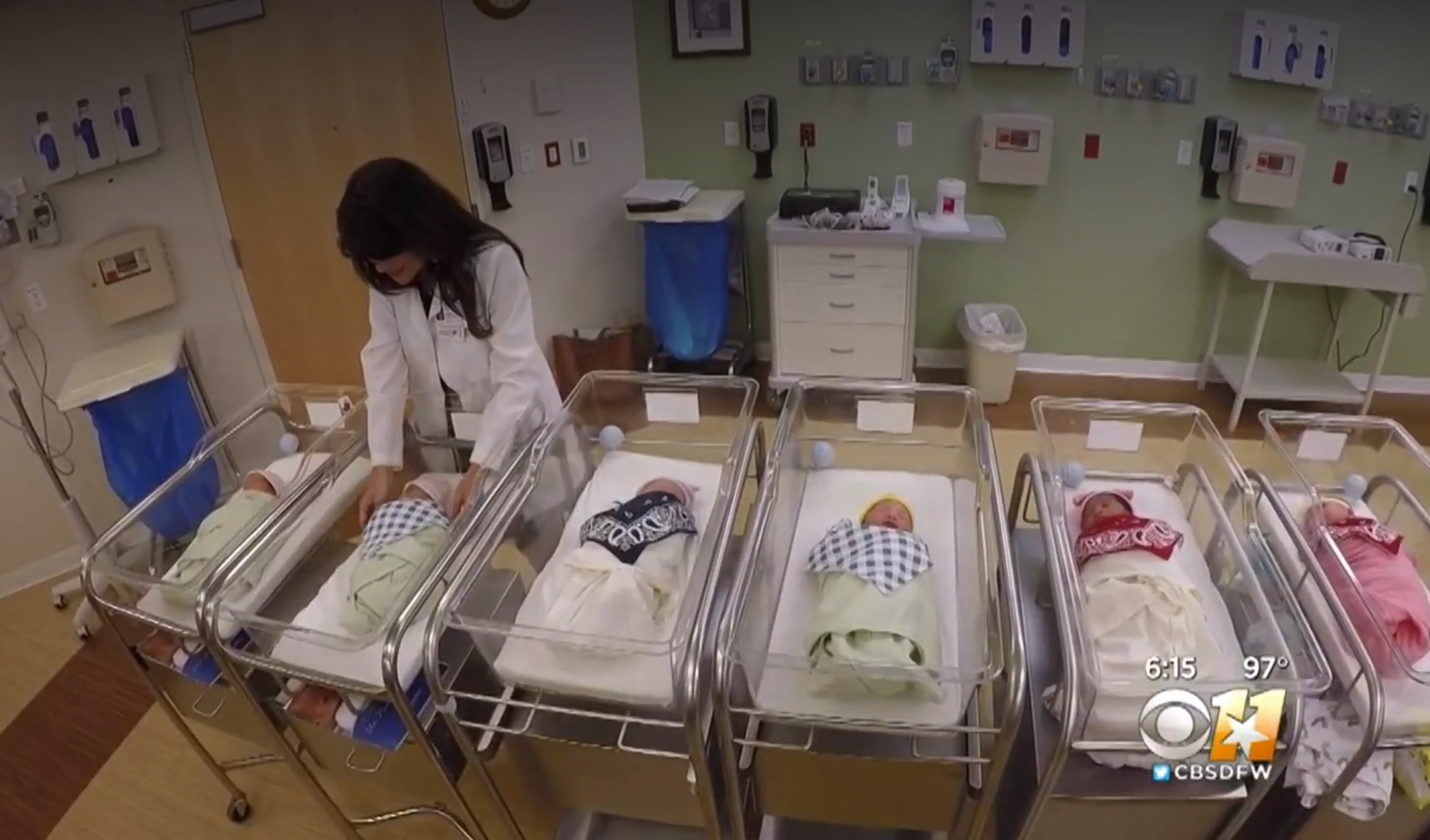 Baby boom at Texas hospital: 25 babies born in 25 hours - CBS News