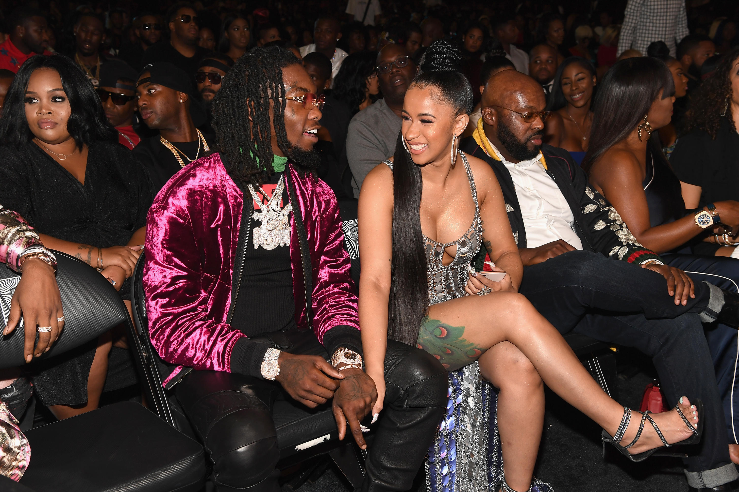 Cardi B Offset Welcome Baby Daughter Kulture Kiari Cephus Cbs News